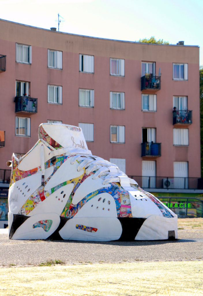 Basket géante en carton recyclé réalisé par Smoluk